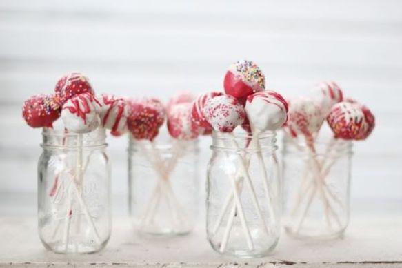 HC Blog 25:12:13 cake pops