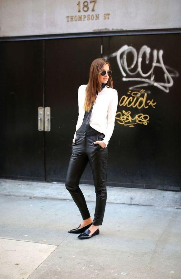 HC Blog 24:214 black & white
